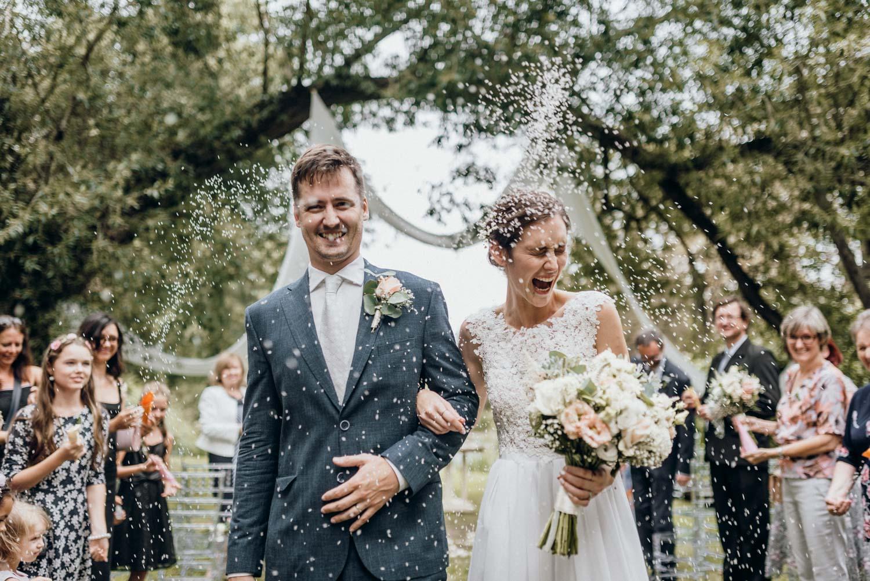 Beautiful wedding story in Chateau Třebešice